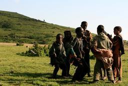 Jeunes bergers en Éthiopie. Source : http://data.abuledu.org/URI/58c82f19-jeunes-bergers-en-ethiopie