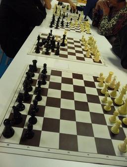 Jeux d'échecs. Source : http://data.abuledu.org/URI/51d9a3d9-jeux-d-echecs