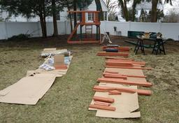 Jeux d'extérieur dans un jardin. Source : http://data.abuledu.org/URI/520e3518-jeux-d-exterieur-dans-un-jardin