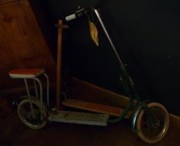 Jouets anciens à Toulouse. Source : http://data.abuledu.org/URI/5828dcac-jouets-anciens-a-toulouse