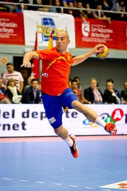 Joueur de handball. Source : http://data.abuledu.org/URI/53467f2a-joueur-de-handball