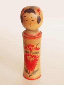 Kokeshi japonaise. Source : http://data.abuledu.org/URI/52016ea6-kokeshi-japonaise