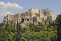 L'Acropole à Athènes. Source : http://data.abuledu.org/URI/5415e1be-l-acropole-a-athenes