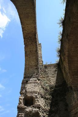 L'amphithéâtre de Burdigala. Source : http://data.abuledu.org/URI/55b01417-l-amphitheatre-de-burdigala