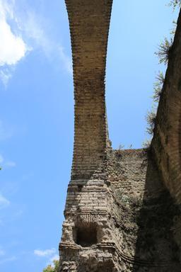 L'amphithéâtre de Burdigala. Source : http://data.abuledu.org/URI/55b01465-l-amphitheatre-de-burdigala