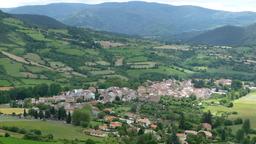 La campagne dans le massif central. Source : http://data.abuledu.org/URI/501e7c77-la-campagne-dans-le-massif-central