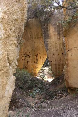 La carrière de Bibémus près d'Aix-en-Provence. Source : http://data.abuledu.org/URI/51c9e08b-la-carriere-de-bibemus-pres-d-aix-en-provence