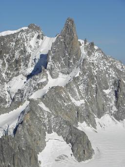 La Dent du Géant. Source : http://data.abuledu.org/URI/5230e7d9-la-dent-du-geant