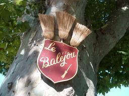 La fête du Baléjou. Source : http://data.abuledu.org/URI/53136601-la-fete-du-balejou