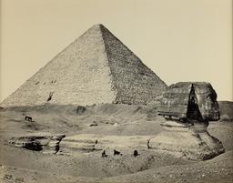 La grande pyramide et le grand sphinx en 1858. Source : http://data.abuledu.org/URI/5946a8d2-la-grande-pyramide-et-le-grand-sphinx-en-1858