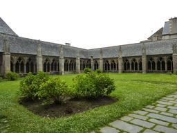 La légende de la chauve-souris de Saint-Tréguier. Source : http://data.abuledu.org/URI/52d709cd-la-legende-de-la-chauve-souris-de-saint-treguier