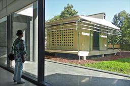 La maison tropicale de Jean Prouvé à Nancy. Source : http://data.abuledu.org/URI/52db01c2-la-maison-tropicale-de-jean-prouve-a-nancy
