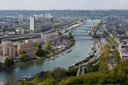 La Seine à Rouen. Source : http://data.abuledu.org/URI/55cf3289-la-seine-a-rouen