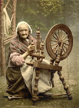 La vieille au rouet. Source : http://data.abuledu.org/URI/507de361-la-vieille-au-rouet