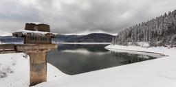 Lac de Mavrovo en Macédoine. Source : http://data.abuledu.org/URI/5470e5f2-lac-de-mavrovo-en-macedoine