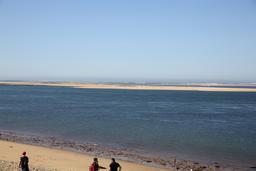 Le Banc d'Arguin vu depuis la Dune du Pilat en octobre 2014. Source : http://data.abuledu.org/URI/545183e2-le-banc-d-arguin-vu-depuis-la-dune-du-pilat-en-octobre-2014