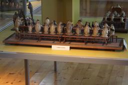 Le banquet électoral des grenouilles. Source : http://data.abuledu.org/URI/543c01ee-le-banquet-electoral-des-grenouilles