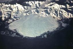 Le glacier Malaspina en Alaska. Source : http://data.abuledu.org/URI/52bf28cd-le-glacier-malaspina-en-alaska