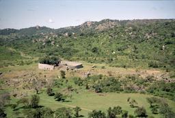 Le Grand Zimbabwe. Source : http://data.abuledu.org/URI/52d2d815-le-grand-zimbabwe