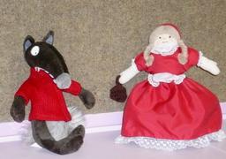 Le loup et le chaperon rouge. Source : http://data.abuledu.org/URI/546f762d-le-loup-et-le-chaperon-rouge