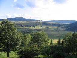 Le Mézenc dans le Massif Central. Source : http://data.abuledu.org/URI/5436aafc-le-mezenc-dans-le-massif-central