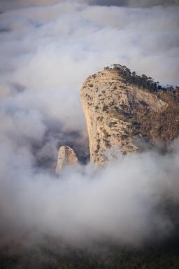 Le Mont Shaan-Kaya en Crimée. Source : http://data.abuledu.org/URI/55f22009-le-mont-shaan-kaya-en-crimee