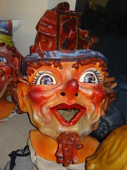 Le nain musicien d'Igualada. Source : http://data.abuledu.org/URI/54bbe95d-le-nain-musicien-d-igualada