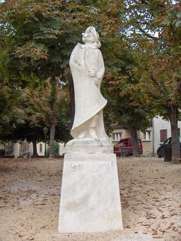 Statue de Cyrano de Bergerac. Source : http://data.abuledu.org/URI/503e5b19-le-nez-de-cyrano-de-bergerac
