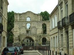 Le Palais Gallien à Bordeaux. Source : http://data.abuledu.org/URI/5401edad-le-palais-gallien-a-bordeaux