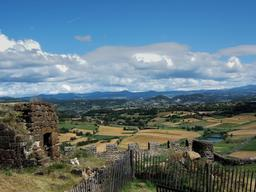 Le Puy-en-Velay. Source : http://data.abuledu.org/URI/5436b013-le-puy-en-velay