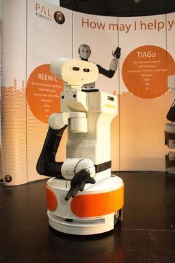 Le robot TIAGo en 2016. Source : http://data.abuledu.org/URI/58e9f39b-le-robot-tiago-en-2016