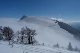 Le Rothenbachkopf dans les Vosges en hiver. Source : http://data.abuledu.org/URI/565d06c4-le-rothenbachkopf-dans-les-vosges-en-hiver