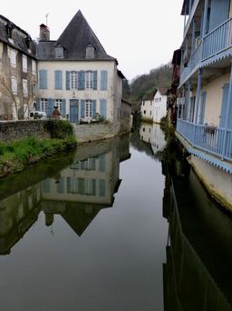 Le Saleys à Salies-de-Béarn. Source : http://data.abuledu.org/URI/5865dd7d-le-saleys-a-salies-de-bearn