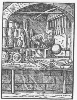 Le tourneur sur bois. Source : http://data.abuledu.org/URI/47f58186-le-tourneur-sur-bois