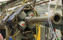 Lentille magnétique au laboratoire de Maier-Leibnitz. Source : http://data.abuledu.org/URI/50a8ee4f-lentille-magnetique-au-laboratoire-de-maier-leibnitz