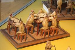 Les grenouilles à table. Source : http://data.abuledu.org/URI/543bfe5b-les-grenouilles-a-table