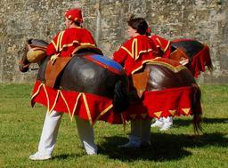 Les petits chevaux de Pampelune. Source : http://data.abuledu.org/URI/51a85ab3-les-petits-chevaux-de-pampelune