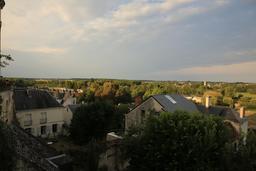 Les toits de la ville de Loches. Source : http://data.abuledu.org/URI/55e43581-les-toits-de-la-ville-de-loches