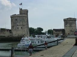 Les tours de La Rochelle. Source : http://data.abuledu.org/URI/58211241-les-tours-de-la-rochelle
