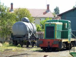 Locomotive ancienne en gare de Sabres. Source : http://data.abuledu.org/URI/582843a1-locomotive-ancienne-en-gare-de-sabres