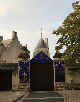 Logis royal de France à Loches. Source : http://data.abuledu.org/URI/55e44220-logis-royal-de-france-a-loches