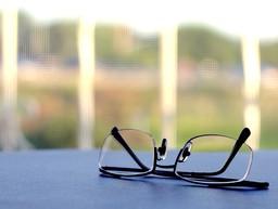 Lunettes de vue. Source : http://data.abuledu.org/URI/50204a6a-lunettes-de-vue