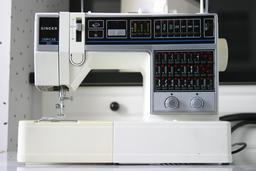 Machine à coudre. Source : http://data.abuledu.org/URI/5040edb8-machine-a-coudre