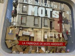 Magasin à Nancy. Source : http://data.abuledu.org/URI/5819039f-magasin-a-nancy