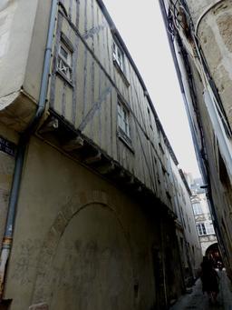 Maison à colombage à La Rochelle. Source : http://data.abuledu.org/URI/5821c0a9-maison-a-colombage-a-la-rochelle
