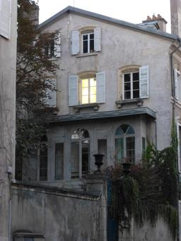 Maison à Nancy. Source : http://data.abuledu.org/URI/5819df1f-maison-a-nancy