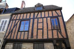 Maison à pan de bois de la Rue Joyeuse. Source : http://data.abuledu.org/URI/55cc5c4f-maison-a-pan-de-bois-de-la-rue-joyeuse