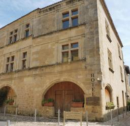 Maison de Saint-Macaire-33. Source : http://data.abuledu.org/URI/599a9811-maison-de-saint-macaire-33