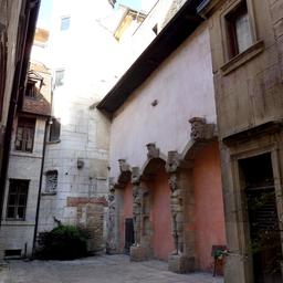 Maison Maillard 38 rue des forges à Dijon. Source : http://data.abuledu.org/URI/59d475dc-maison-maillard-38-rue-des-forges-a-dijon