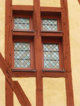 Maison médiévale à Dijon. Source : http://data.abuledu.org/URI/581c9165-maison-medievale-a-dijon